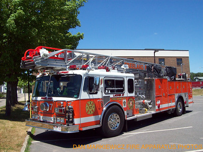 FREELAND FIRE DEPT. X-LADDER 57 1980/05 SEAGRAVE AERIAL QUINT