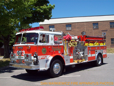FREELAND FIRE DEPT. X-ENGINE 53 1974 SEAGRAVE/94 ITE PUMPER