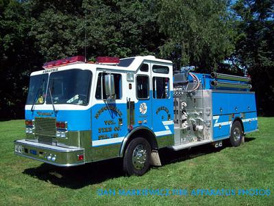 NESCOPECK VOLUNTEER FIRE CO. ENGINE 159-2 1996 KME PUMPER