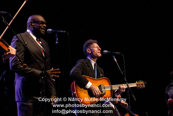 Lyle Lovett and His Acoustic Group Warner Theatre Torrington CT July 12, 2012 Copyright ©2012 Nancy Nutile-McMenemy www.photosbynanci.com More images http://www.photosbynanci.com/lylelovett.html