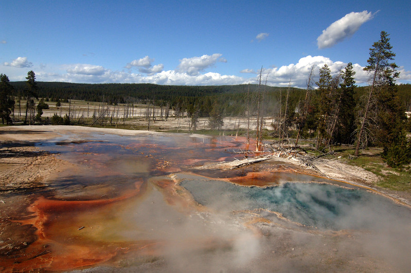 Yellowstone Fire Hole Spring (2)