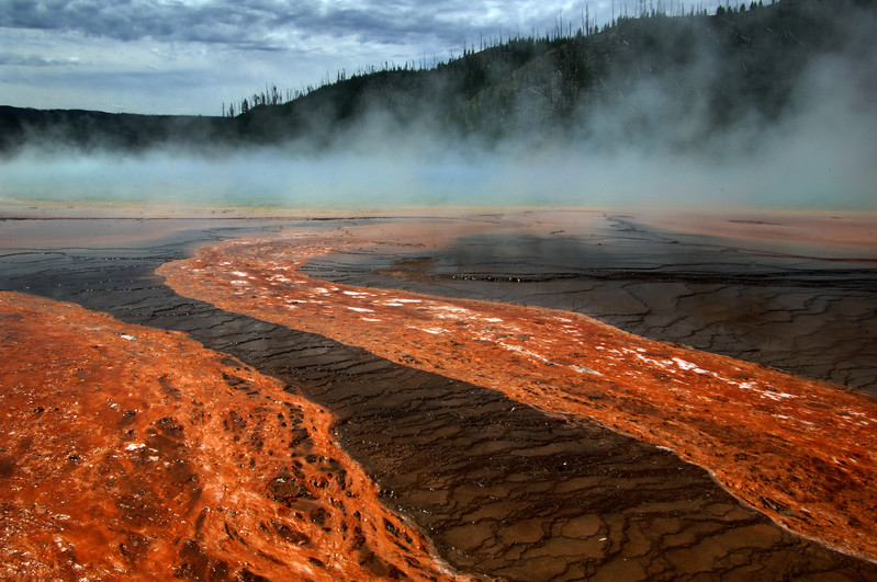 Yellowstone Grand Prismatic Spring (2)