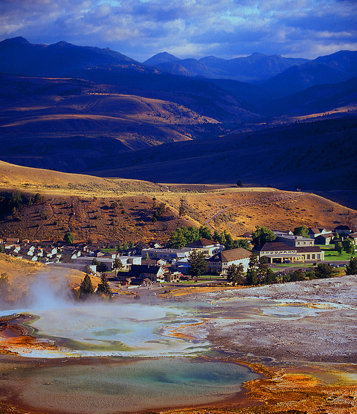 Mammouth Hot Springs #001