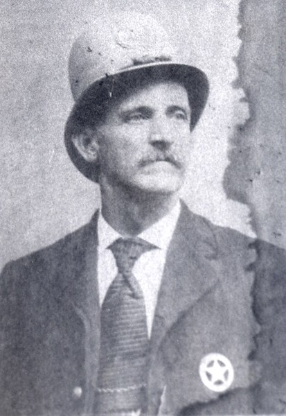 Police Officer W. D. Kelly, ca 1910's  (06676)