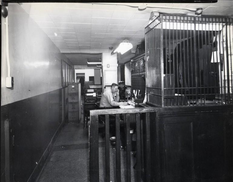 Radio Dispatch Desk 1940's  (06694)