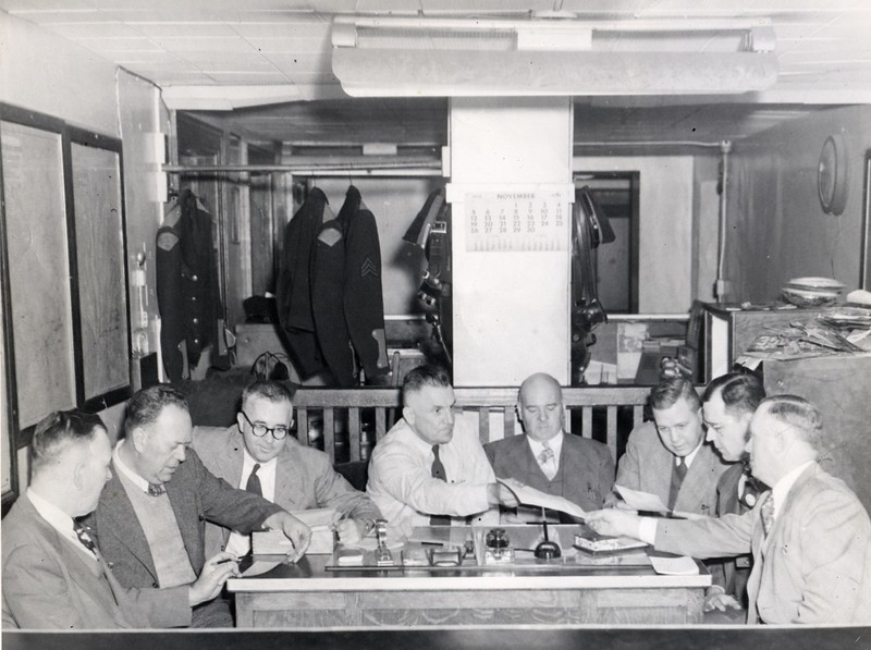 Meeting at Police Headquarters 1950  (06697)