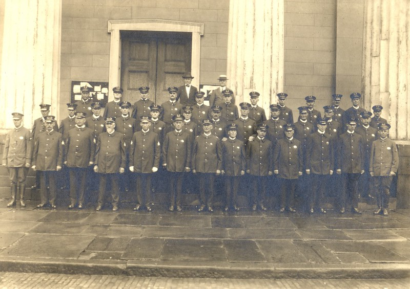 The 1920's Lynchburg Police Department  (06669)