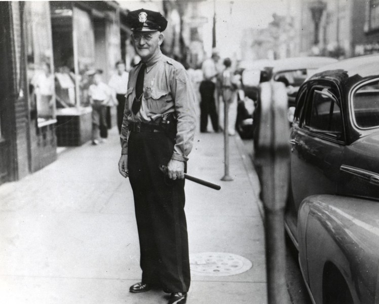 William R. Duff of the Lynchburg Police Department 1940's  (06684)