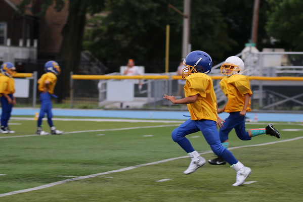 Lyndhurst Jr. Football Scrimmage Vs. Elmwood Park
