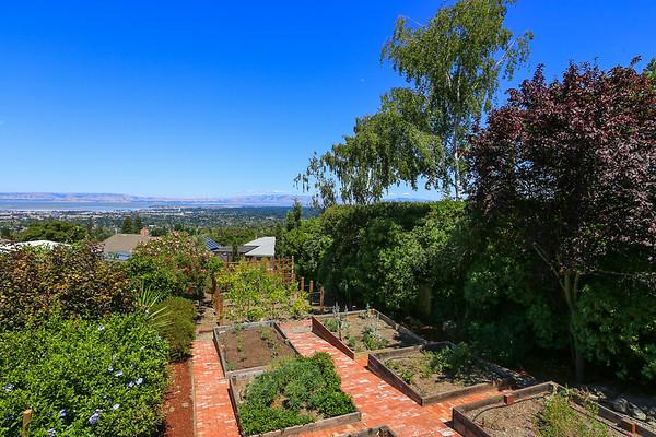 777 Bayview Way Emerald Hills / Redwood City