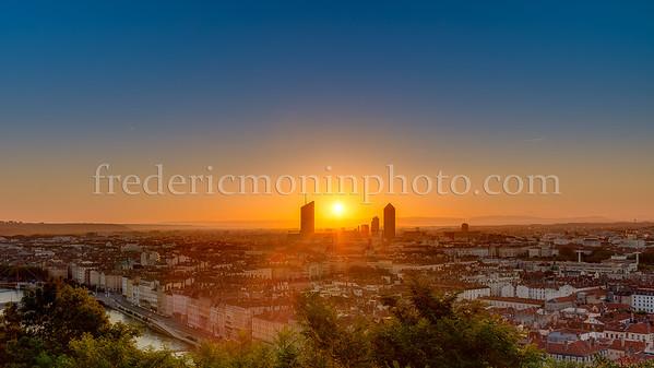 Sunrise on Lyon ...