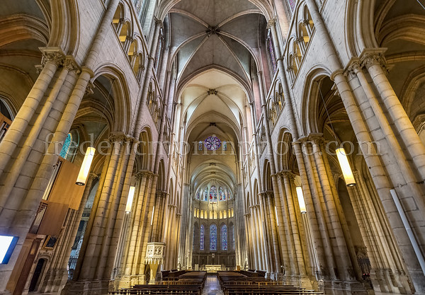 Interior of the cathedral St-Jean Baptiste in Lyon