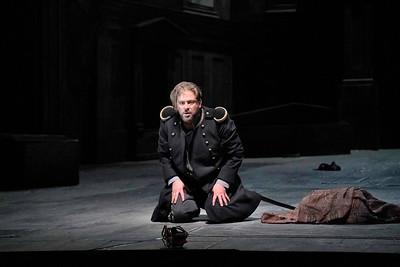 Craig Colclough as Macbeth
