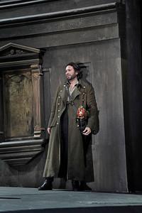 Joshua Guerrero as Macduff