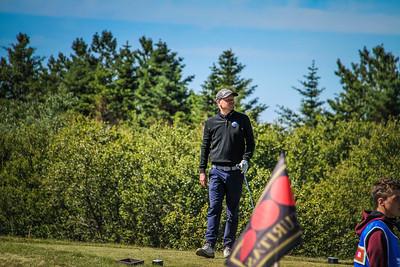 Ólafur Björn Loftsson, GKG á 2. teig á Garðavelli.  Mynd/seth@golf.is