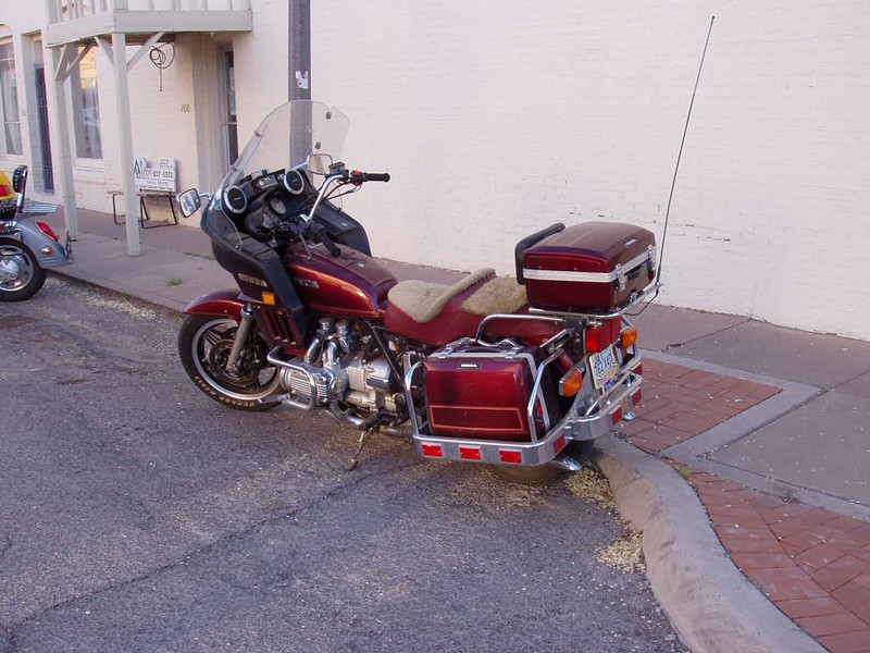 I have owned a 83 Goldwing Aspencade