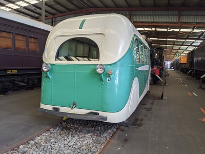 Rail-Bus-02