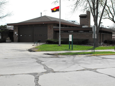 Oak Park  Station 3   -  900 S East Ave