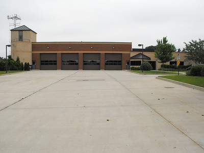 Oak Brook Station 93