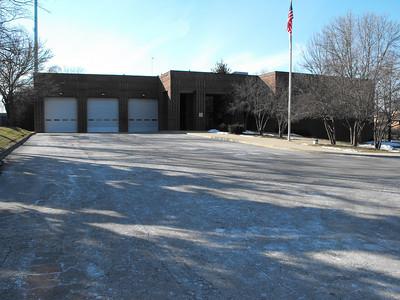 Libertyville Station 461  -   1551 N Milwaukee Ave