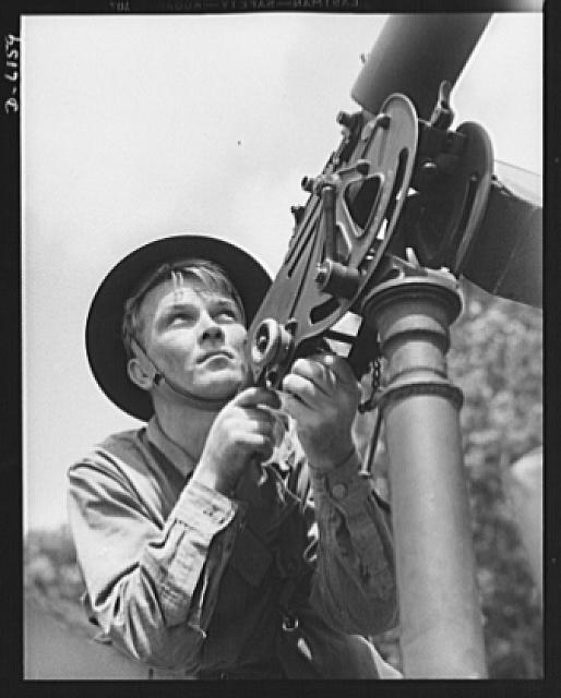 TITLE:  Fort Knox. Browning machine gun. Good man, good gun. A private of the armored forces, in training at Fort Knox, Kentucky, does some practice shooting with a 30-caliber Browning machine gun. The gun is mounted on a pedestal for anti-aircraft work<br /> <br /> LC-USE6-D-006159