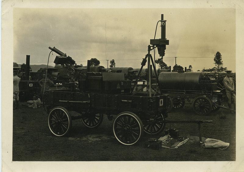 HAWAII 1924<br /> <br /> ORIGINAL PHOTO<br /> <br /> (CRAIG JOHNSON COLLECTION)