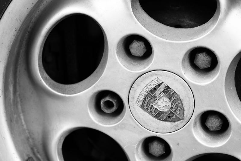 Porsche 944 Rim Detail
