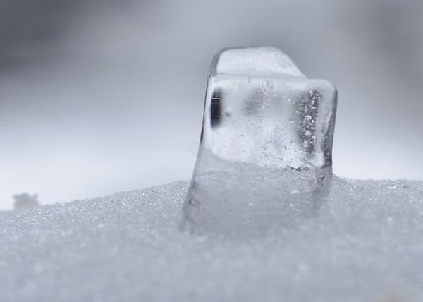 ice lump  macro lens