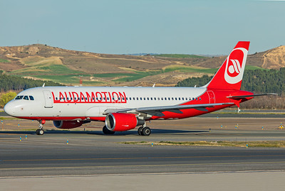 LaudaMotion Airbus A320-214 OE-LOD 3-12-19