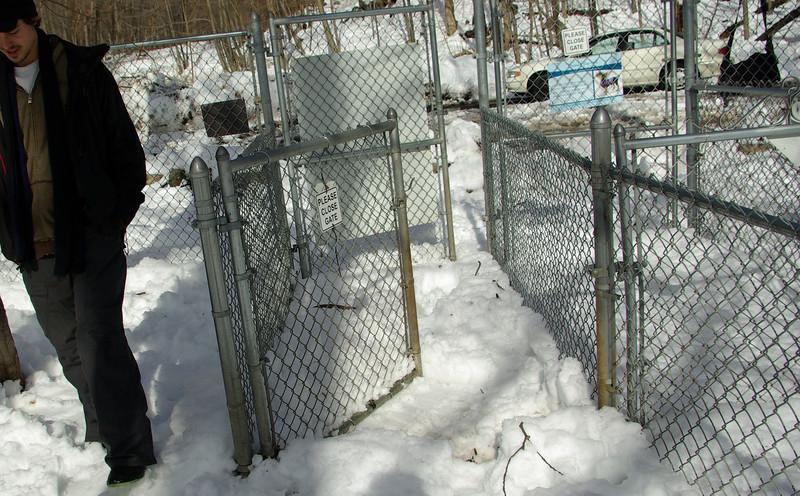 Gate 1_03