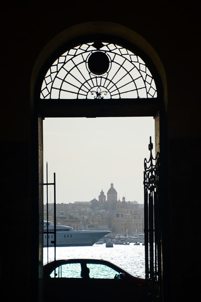 Città Vittoriosa (Birgu) in the Distance
