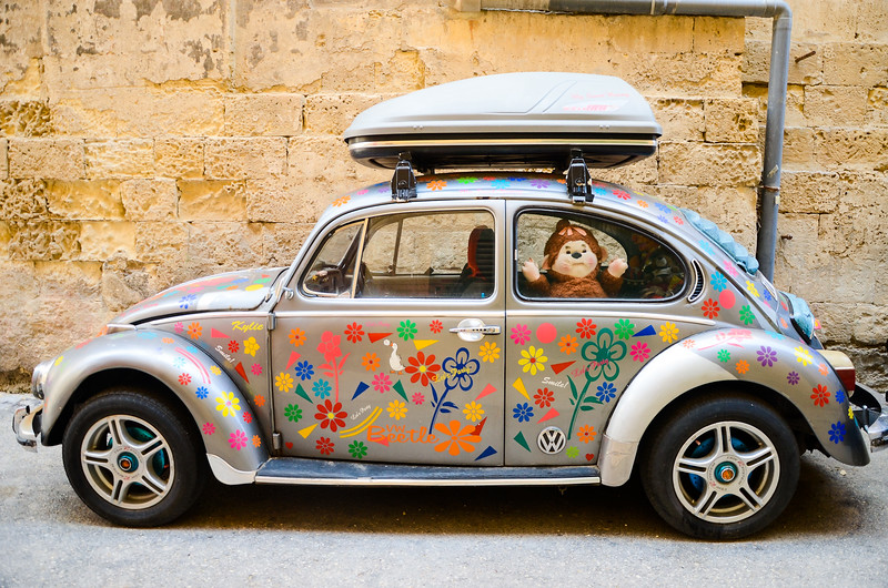 Happy Roaming<br /> VW Beetle and Giant Monchhichi in Valletta