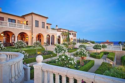 Villa di Sogni, Laguna Beach on Sale