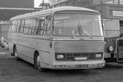 MNJ858F Elm Park Coaches