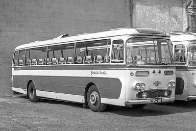 1252HE Yorkshire Traction 1252