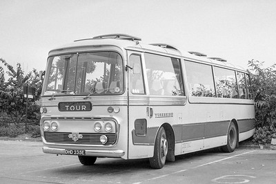 DHD235E Yorkshire Woollen 400