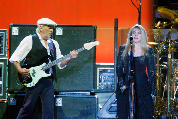 FLEETWOOD MAC - JOHN MCVIE STEVIE NICKS