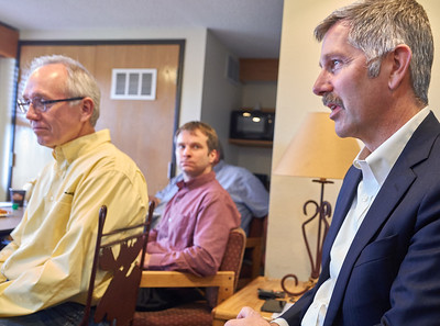 State Sen. Tony Lourey (DFL-Kerrick) voices support for various small cities priorities as MAOSC board members Joel Young (left) and Andi Welti listen.