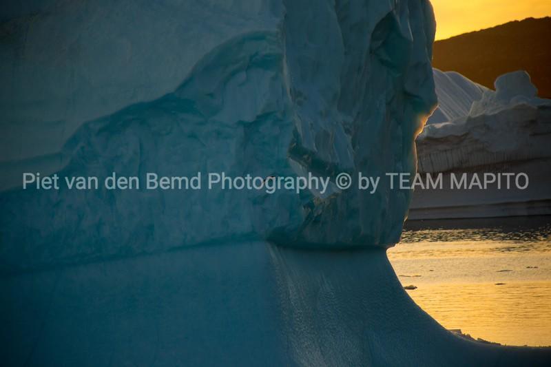 MAPITO Northpole   Iceberg melting Glacier   Glacier in Greenland   Glacier  calving Greenland glacier