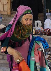 OLD TURKMEN WOMAN - ASHGABAT
