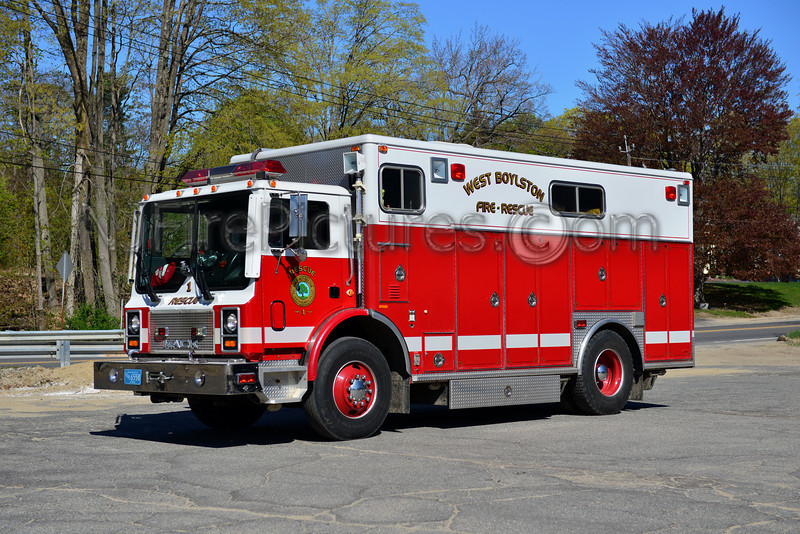 WEST BOYLSTON RESCUE 1 - 1994 MACK MR/RANGER