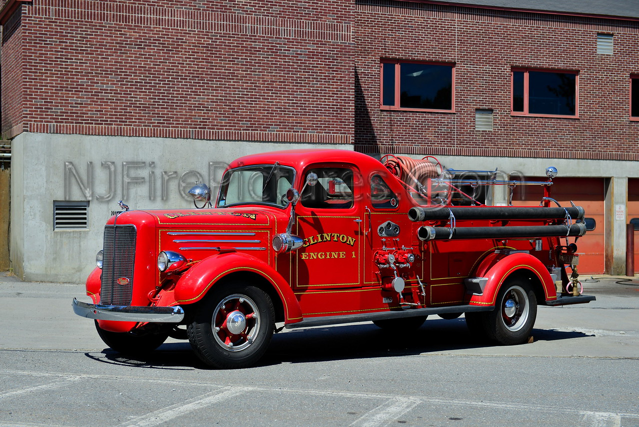 CLINTON ENGINE 1 - 1939 MACK MODEL 80 750/150