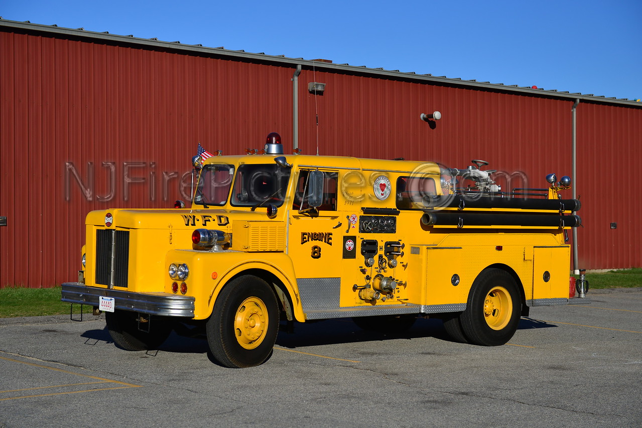 WORCESTER, MA ENGINE 8 - 1971 MAXIM S-MODEL 1000/250 NOW PRIVATELY OWNED