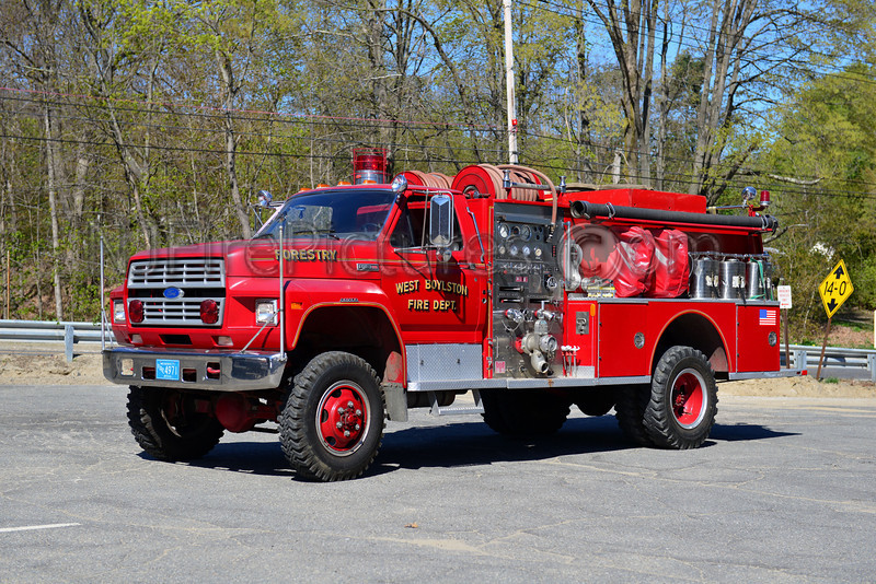 WEST BOYLSTON ENGINE 5 - 1985 FORD F700/BOYER 750/500