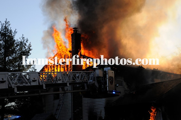 MASSAPEQUA FD WILLOW ST FIRE