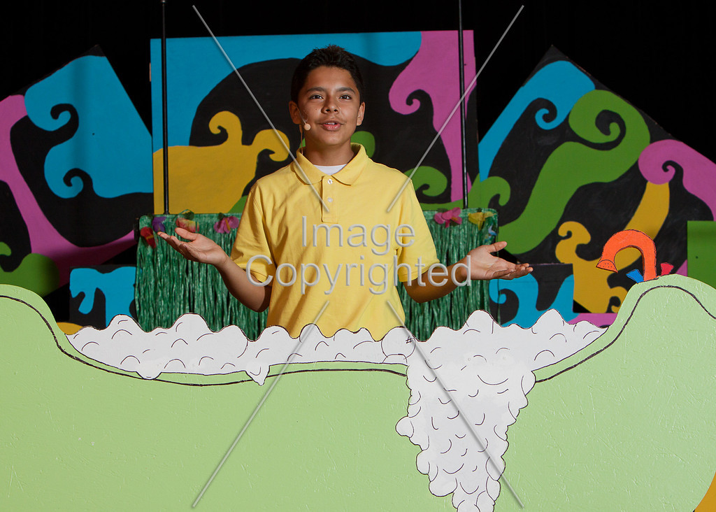 #530-MAUGER SEUSSICAL-_mg_2371