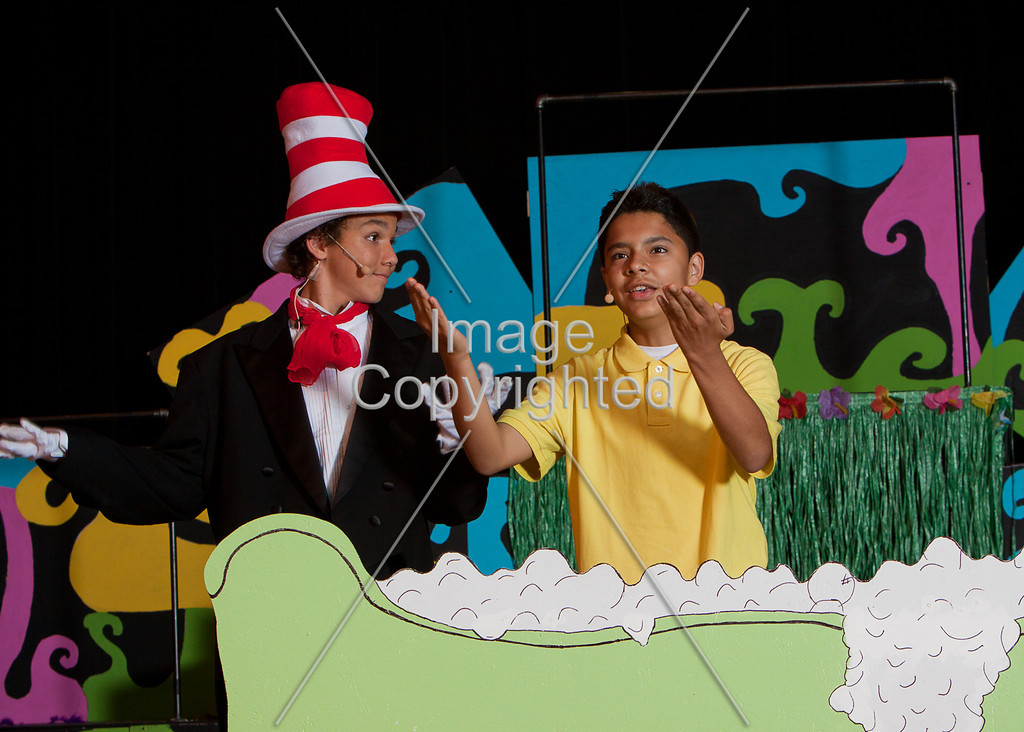 #531-MAUGER SEUSSICAL-_mg_2374