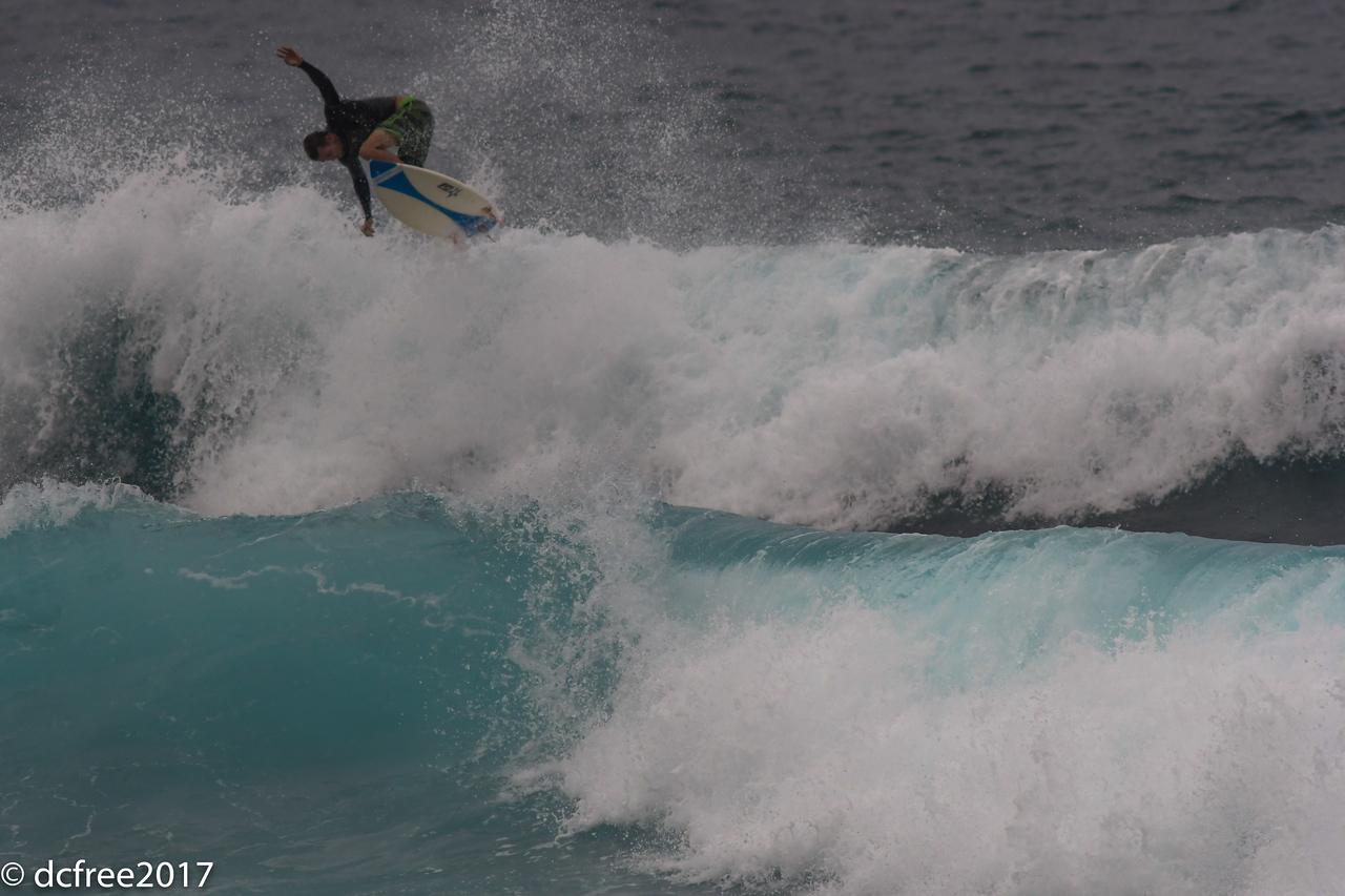 HOOKIPA SURFER 3