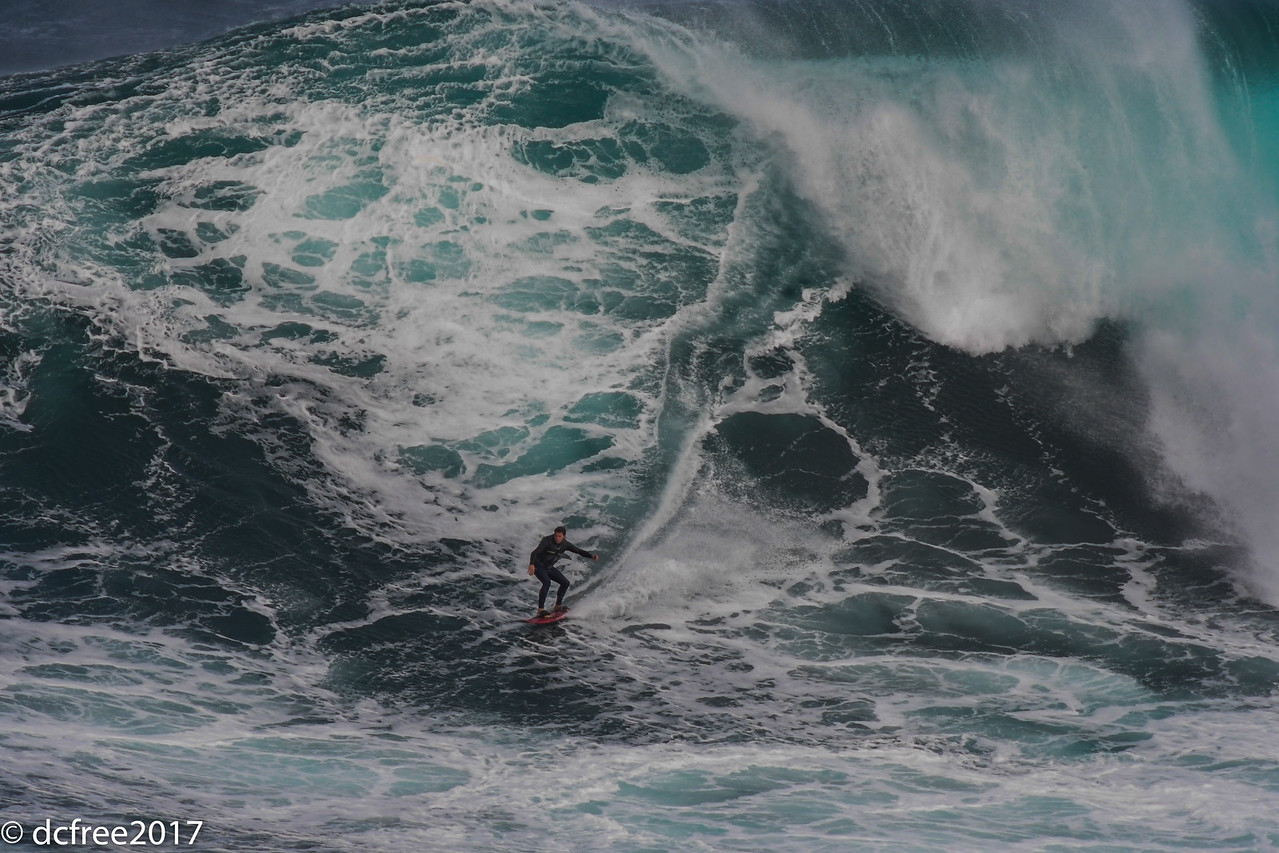 PEAHI JAWS BIG WAVE