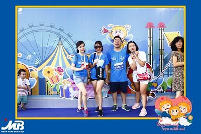 MB Bank Family Ekiden 2018 Photo Booth - WefieBox Photobooth Vietnam - Chụp  hình in ảnh lấy li�n Sự kiện